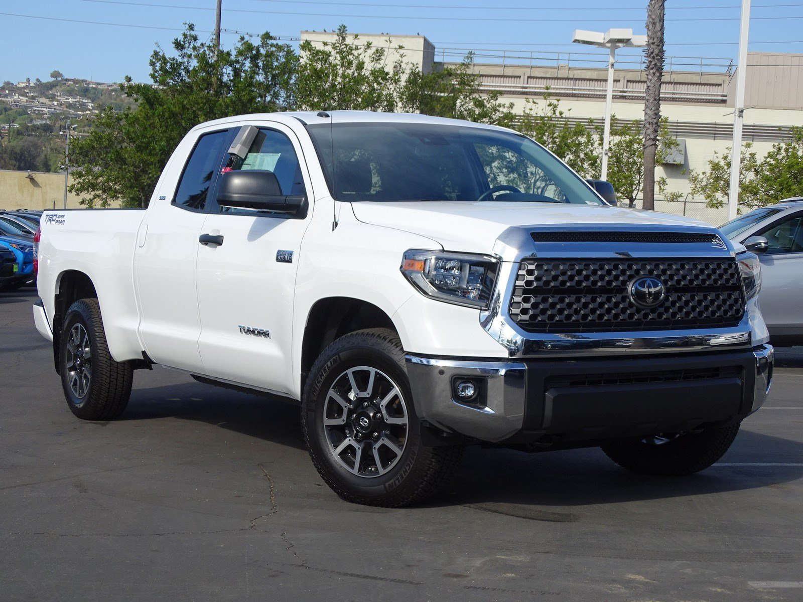 new 2018 toyota tundra sr5 double cab 6 5 bed 5 7l double cab in
