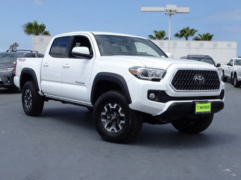 New 2018 TOYOTA Tacoma TRD Off Road Double Cab 5' Bed V6 4x4 AT 4WD